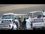 Saudi Arabia - Police Car Gets Chased!