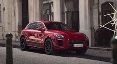The remote services of the new Macan GTS